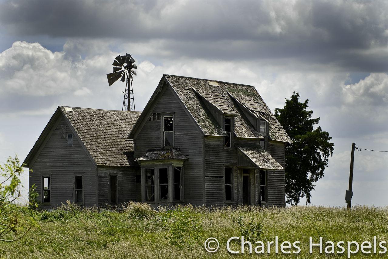 Old House 0 Lyons1 Kansas